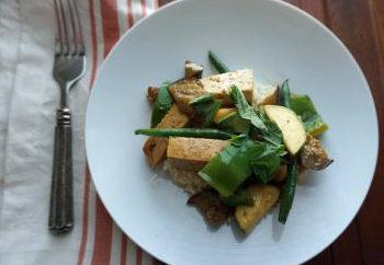 Low FODMAP Tofu and Vegetable Stir fry