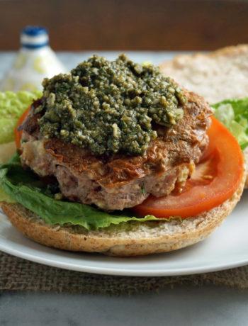 Low FODMAP pesto turkey burger
